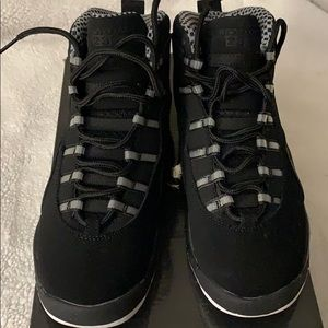 Jordan big kids shoe 5.5 women's 7